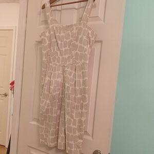 Banana Republic sleeveless dress. Great condition!